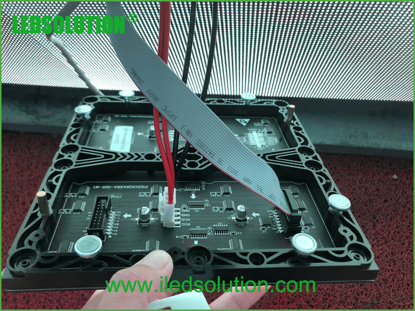 P3 Magnetic Front Service LED Display