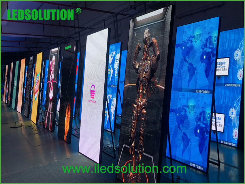 X-poster LED Screen