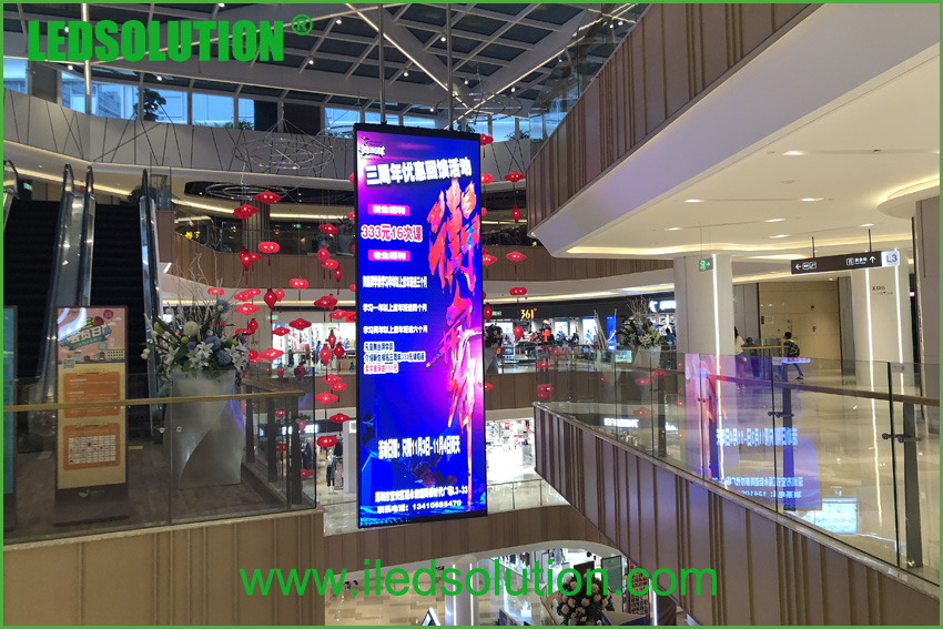 Indoor P2.5 double sided LED Display (2)