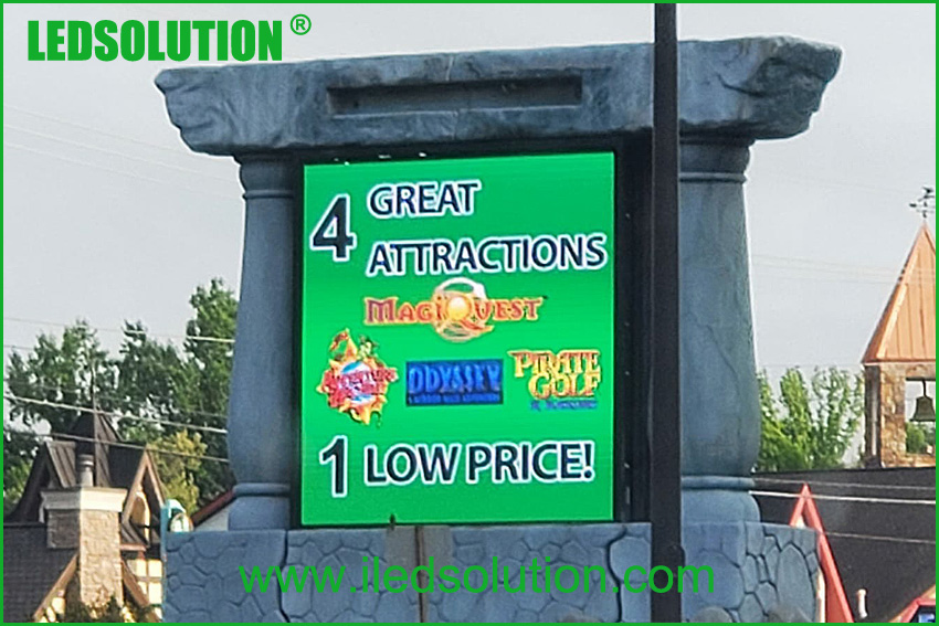 LEDSOLUTION P4.81 Front Service Outdoor LED Display Project Case in US (1)