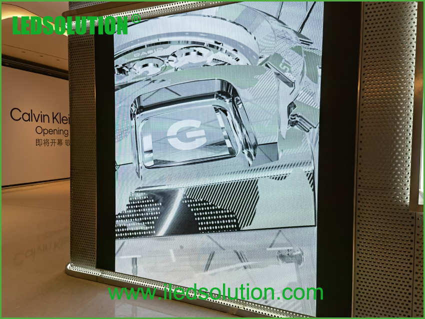 LEDSOLUTION P3 LED Display shines in Casio store in Shenzhen (1)