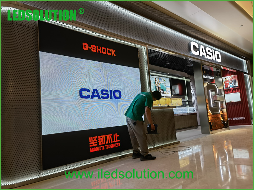 LEDSOLUTION P3 LED Display shines in Casio store in Shenzhen (4)