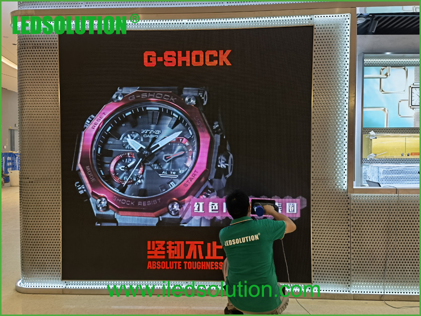 LEDSOLUTION P3 LED Display shines in Casio store in Shenzhen (5)