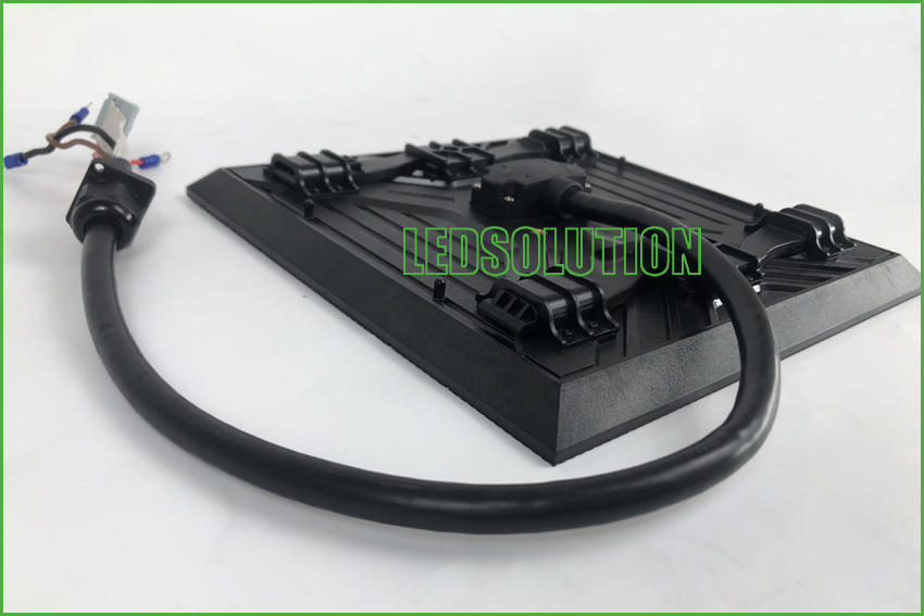 Outdoor P3.91 front service Corner LED Display Solution (2)