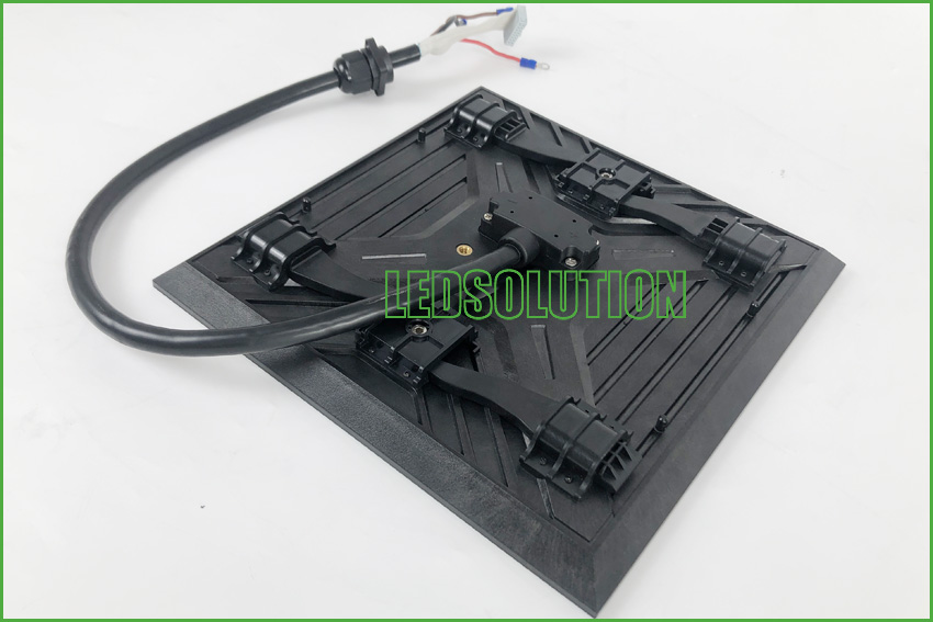 Outdoor P3.91 front service Corner LED Display Solution (5)