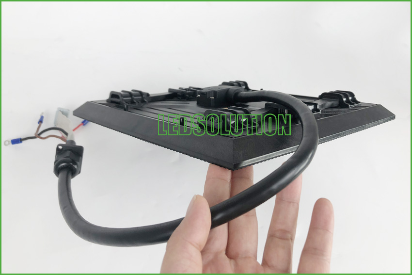 Outdoor P3.91 front service Corner LED Display Solution (8)